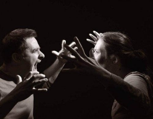 Hetero-aggressives Verhalten: Was ist es und wie sieht es aus?