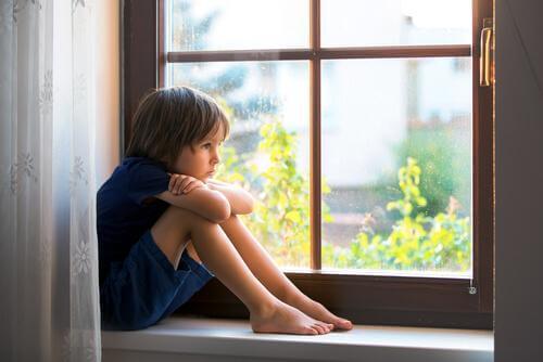 Die moderne Erziehung steckt Kinder in Zwangsjacken