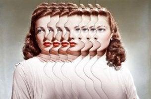 Unterschiede zwischen Angst und Stress - Foto eines Frauengesichts, das sich multipliziert.