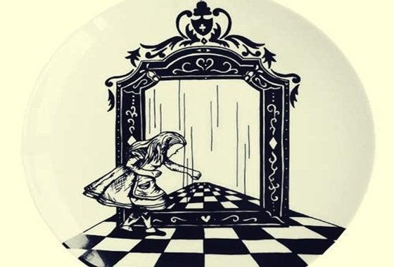 Alice im Spiegelreich