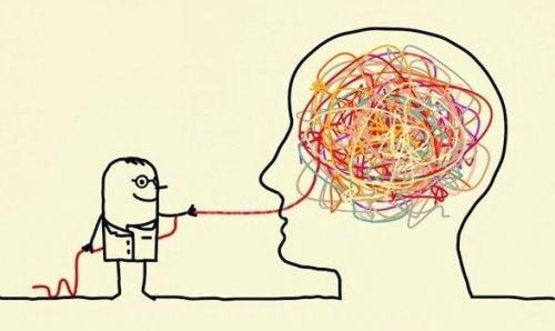 Fäden aus dem Gehirn ziehen