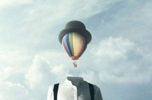 """""""Man wird nicht zum Christentum ,bekehrt', — man muss krank genug dazu sein"""" - Heißluftballon mit Hut, der den Kopf ersetzt"""
