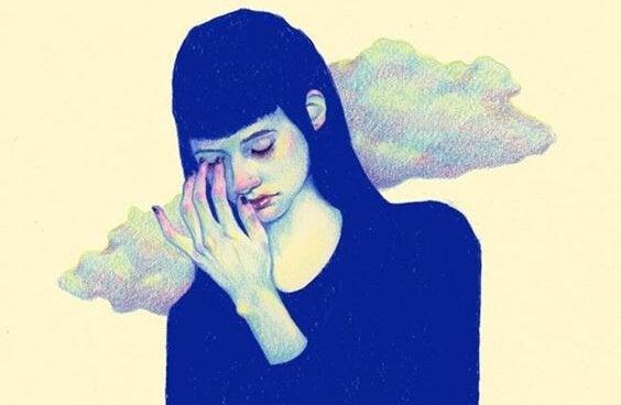 Einfluss der Familie - Traurige Frau vor einer Wolke