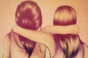 Vertrauenswürdige Menschen - Mädchen, die sich gegenseitig den Arm um die Schulter legen.