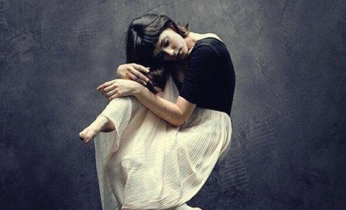 Deine Emotionen verstecken kostet viel Kraft