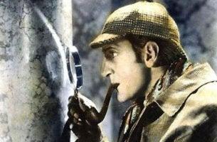 Wie Sherlock Holmes denken - Sherlock Holmes untersucht eine Spur