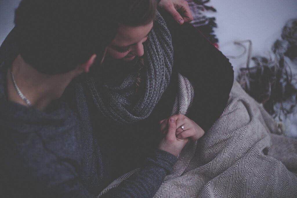 In intimen Momenten kann man gut über Liebe reden.
