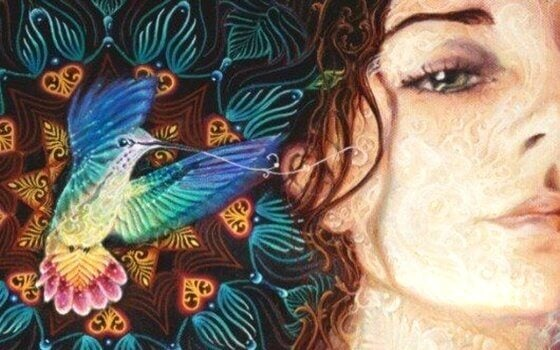 Frau mit Kolibri