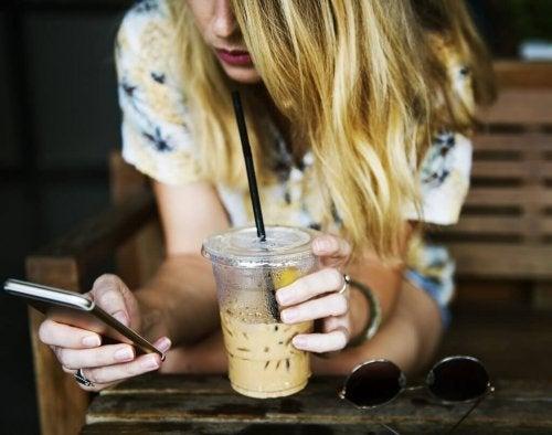 Verbindung mit anderen: Eine Herausforderung für neue Formen der Kommunikation
