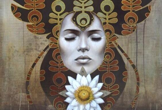 Das Gesicht einer Frau vor einem abstrakten Hintergrund.