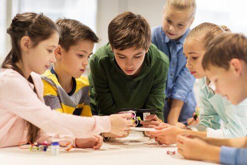 Wygotski, Lurija, Leontjew: Revolution im Schulsystem