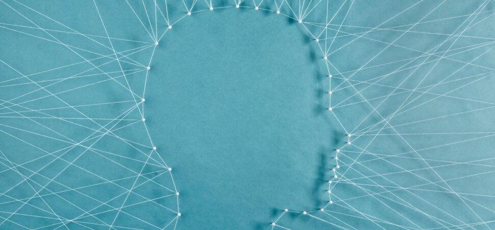 Das Profil eines Menschen aus Fäden gemacht