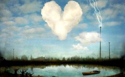 Wolke in Herzform über apokalyptischer Landschaft