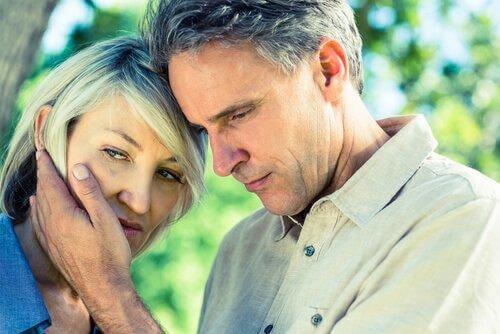 Frau 50 midlife crisis