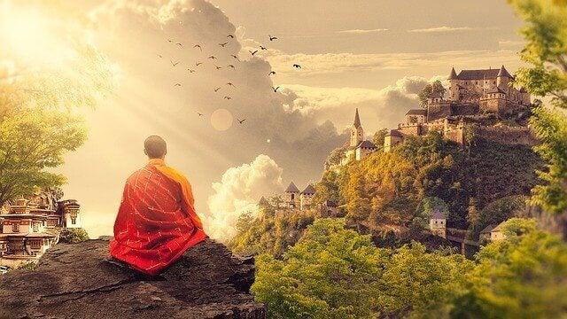 Ein buddhistischer Mönch meditiert