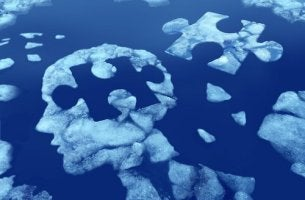 Kognitive Psychologie - Puzzle eines Kopfes