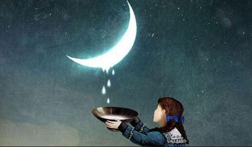 Mädchen, das Tropfen des Mondes sammelt