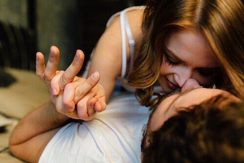 Welche zwei Bereiche umfasst die Sexualwissenschaft?