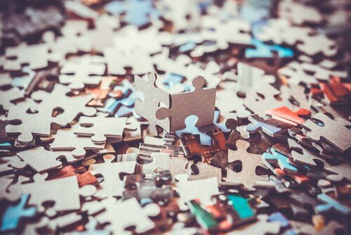 Viele Puzzleteile