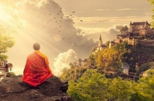 Sophologie - meditierender Mönch in den Bergen