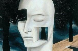 Zitate von Jacques Lancan - weiße Maske mit Türen