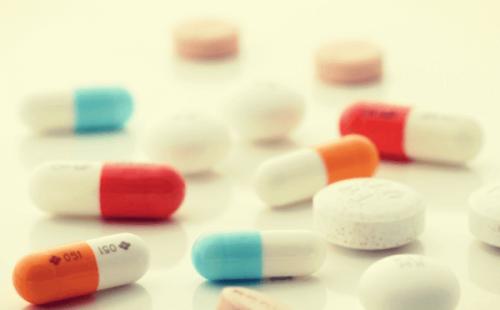 Sertralin: Wie wirkt es und was sind mögliche Nebenwirkungen?