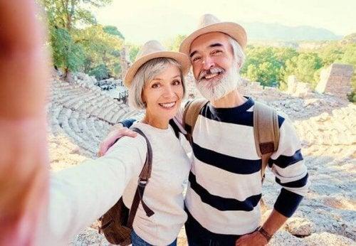 Älteres Ehepaar, ganz ohne Midlife-Crisis