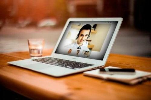 Ein Online-Therapeut hilft wirklich - 5 Vorteile dieses Ansatzes