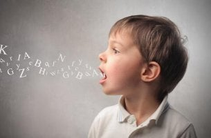 Sprachliche Fehler sind bei Kindern normal