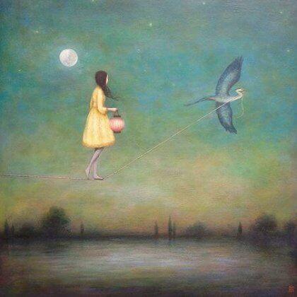 Ein Mädchen balanciert auf einem Seil, das von einem Vogel durch die Luft gezogen wird.