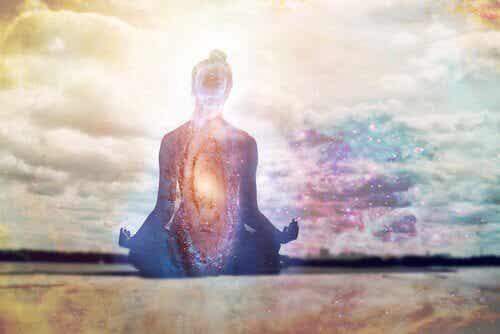 Das Aufsagen von Mantras kann unseren Geist beruhigen