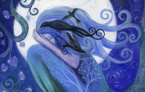 Die Traurigkeit als Rabe vor einem blauen Mädchen