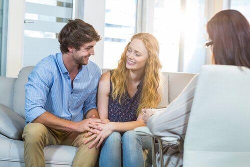 Eine Paartherapie verbessert 75 % der Beziehungen