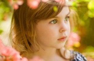 Mädchen mit grünen Augen