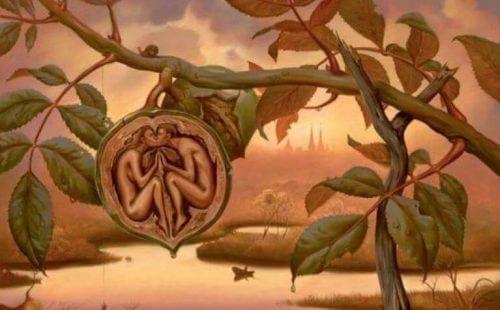 Eine fantastische Malerei zeigt ein sich liebendes Paar in Form einer Walnuss.