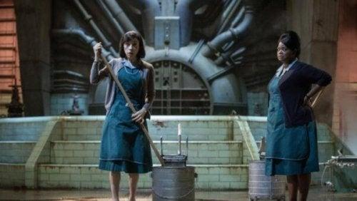 Elisa, die Protagonistin, und Zelda, zwei Putzfrauen