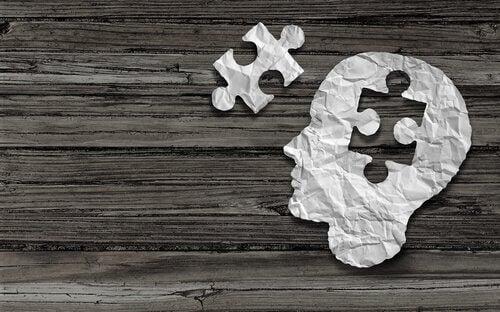 Ein Puzzleteil fehlt im Kopf.