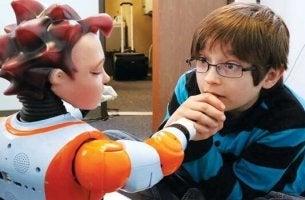 Die robotorgestützte Therapie wird bald bei Autismus öfters eingesetzt werden.