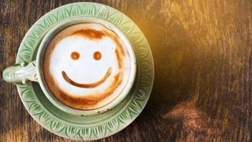 Smiley in einer Kaffetasse