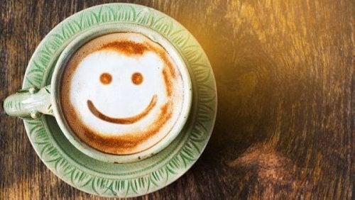 Smiley in einer Kaffetasse