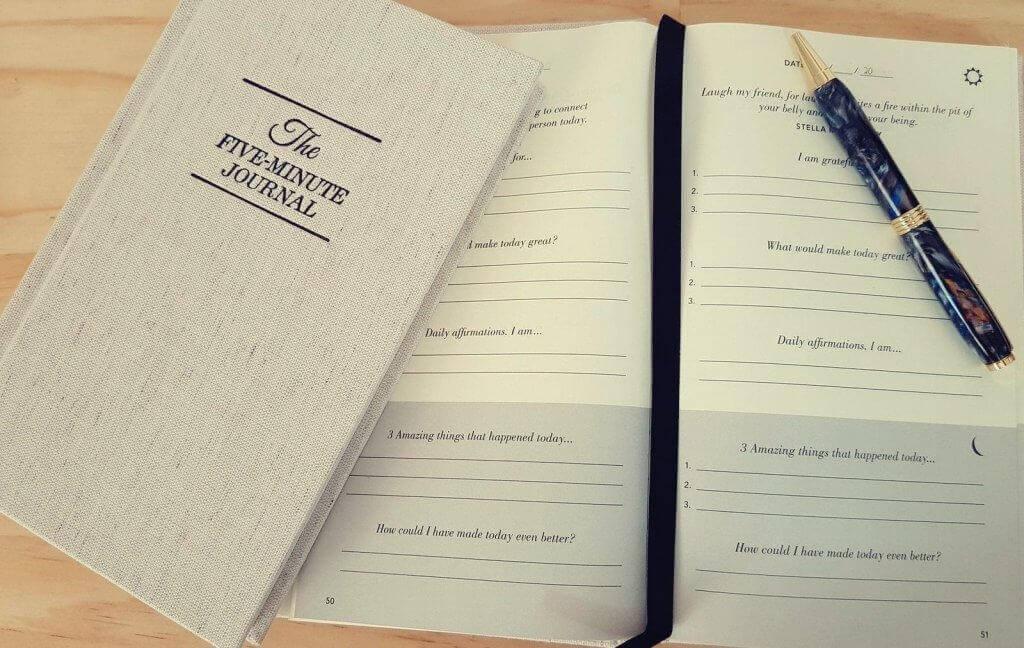 The Five Minute Journal mit Stift