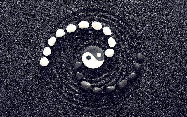 Yin und Yang: Die Dualität des Gleichgewichts