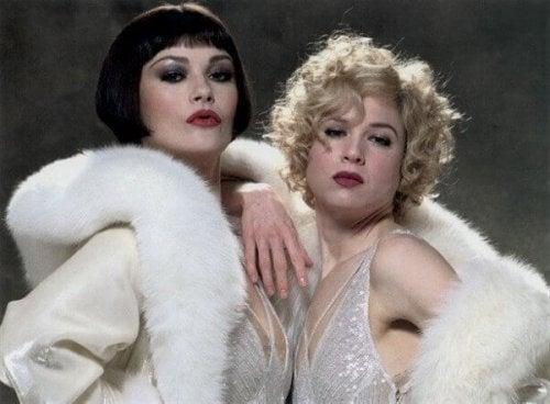 """Zwei Frauen aus dem Film """"Chicago"""""""