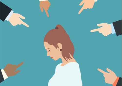8 Strategien, um nicht der Versuchung zu verfallen, andere zu verurteilen