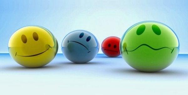 Eine Reihe von Smileys, die unterschiedliche Emotionen versinnbildlichen