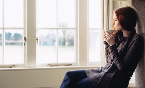 Aus dem Fenster schauen: Eine großartige Übung in Reflexion und Introspektion