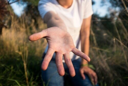 Helfende Hand als Symbol für das Plastilin-Syndrom