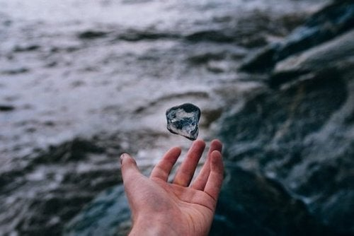 Der magische Stein - eine Geschichte über geistige Blindheit