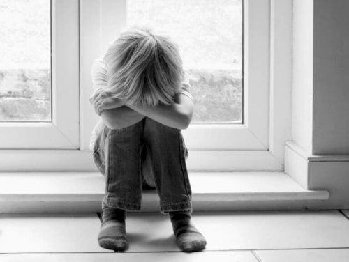 Verzweifeltes Kind