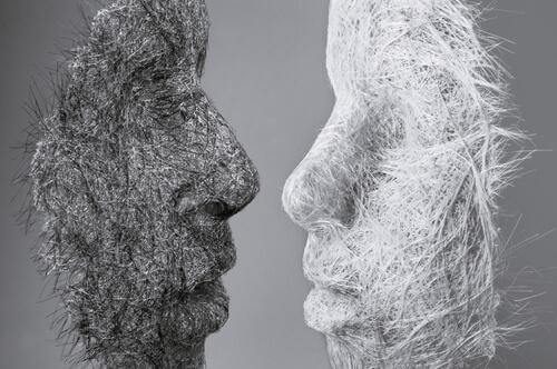 Profile zweier Gesichter